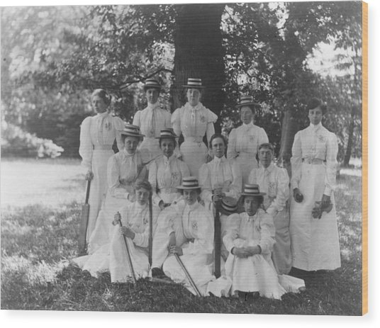 Female Cricket Team Wood Print by General Photographic Agency