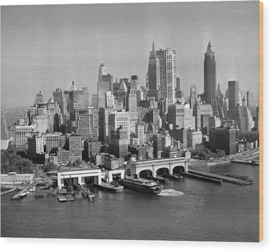 Financial District Cityscape Wood Print by Fpg