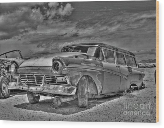 Ford Country Squire Wagon - Bw Wood Print