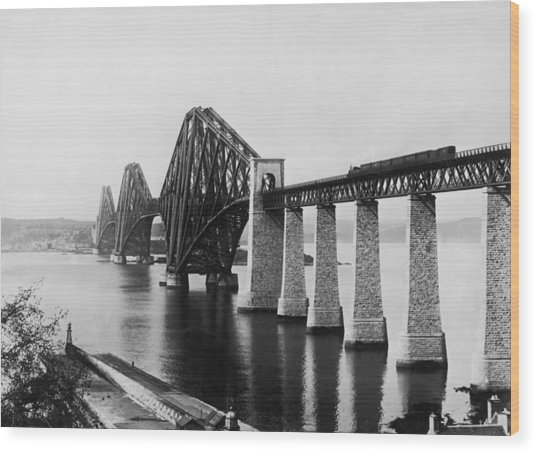 Forth Railway Bridge Wood Print by Hulton Archive