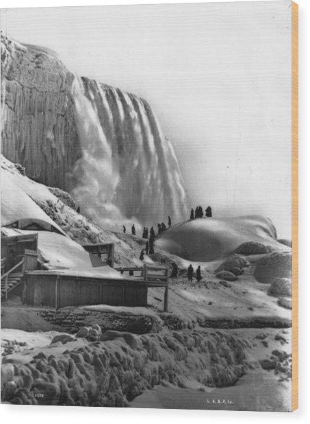 Frozen Niagara Wood Print