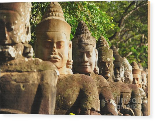 Giants In Front Gate Of Angkor Thom Wood Print