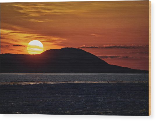 Wood Print featuring the photograph Goodnight Superior by Doug Gibbons