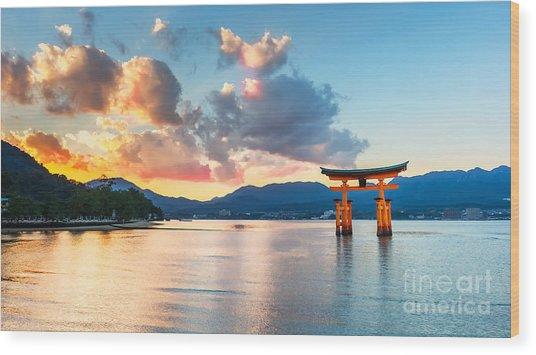 Great Floating Gate O-torii On Miyajima Wood Print