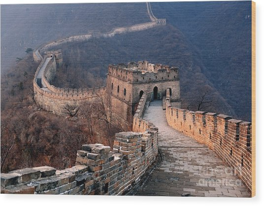 Great Wall Sunset Over Mountains In Wood Print