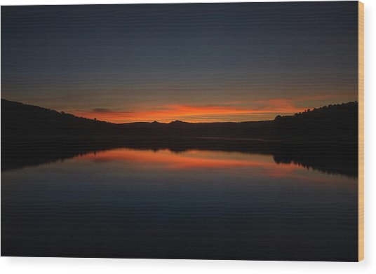 Sunset In The Reservoir Wood Print