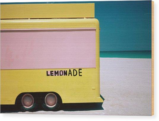 Hand Painted Lemonade Truck On Beach Wood Print