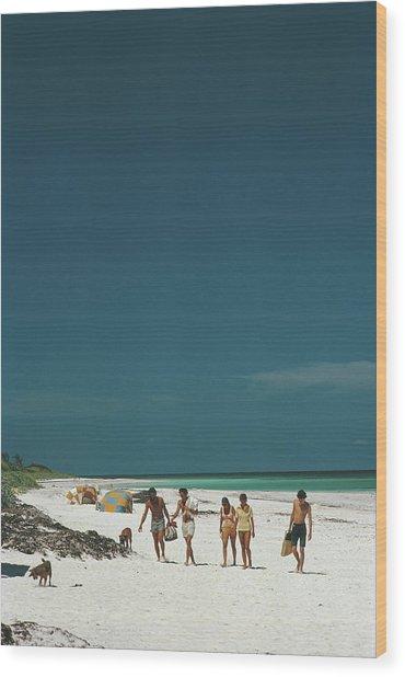 Harbour Isle Beach Wood Print by Slim Aarons