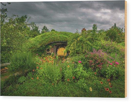 Hobbit Garden In Bloom Wood Print