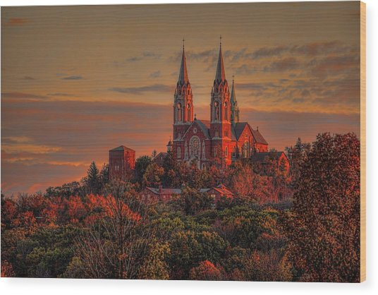 Holy Hill Sunrise Wood Print