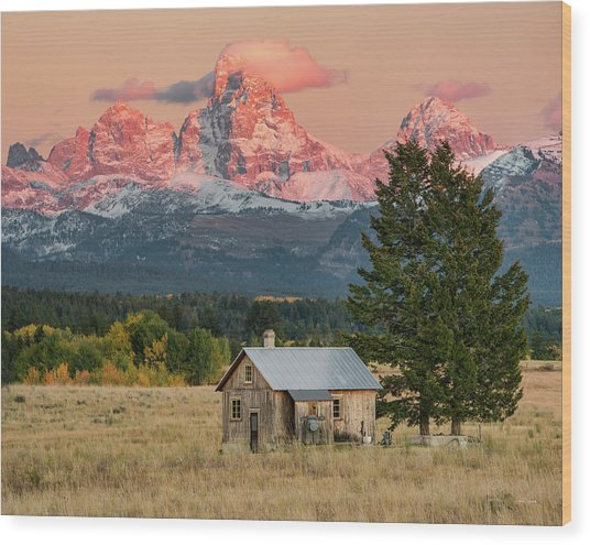 Home Under The Mountain Wood Print