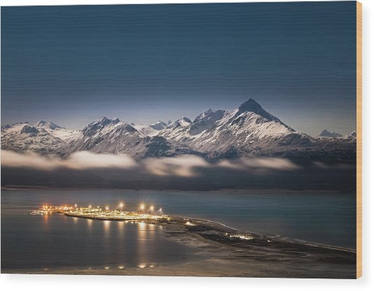 Homer Spit With Moonlit Mountains Wood Print