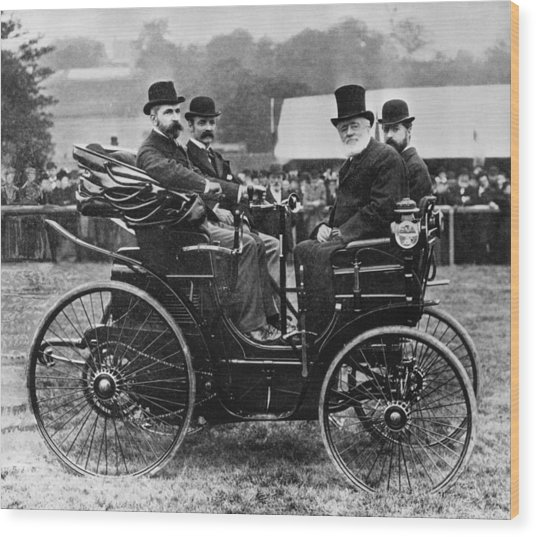 Horseless Vehicle Wood Print by Hulton Archive