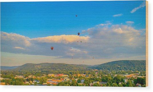 Hot Air Ballon Cluster Wood Print