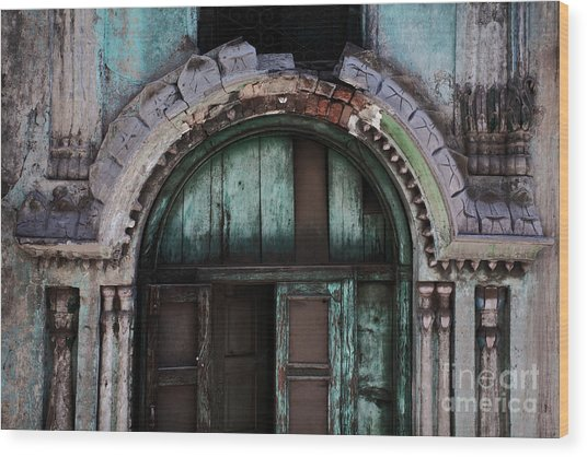 Wood Print featuring the photograph House Of Kapoors by Awais Yaqub