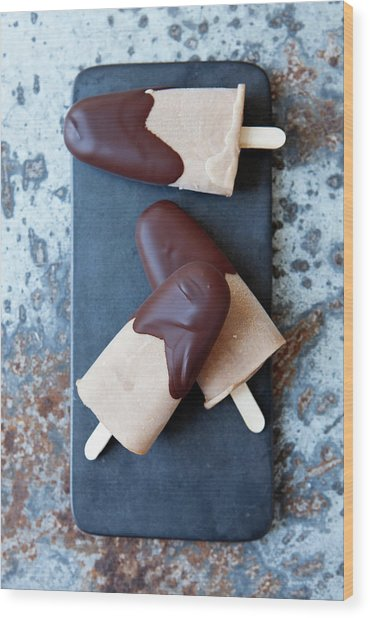 Ice Cream Bars Dipped In Chocolate Wood Print by Cultura Rf/line Klein