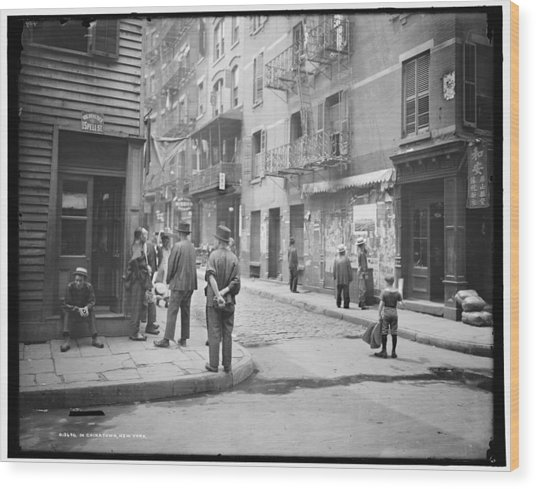 In Chinatown  New York 1900 Wood Print