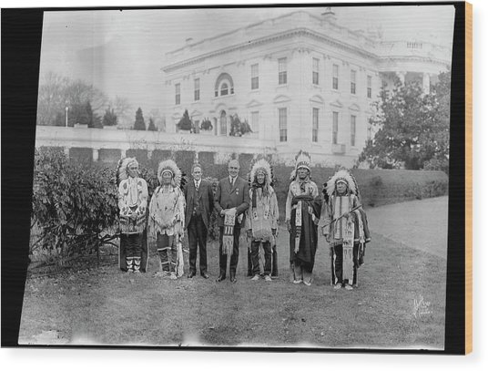 Indian Chiefs With President Harding Wood Print