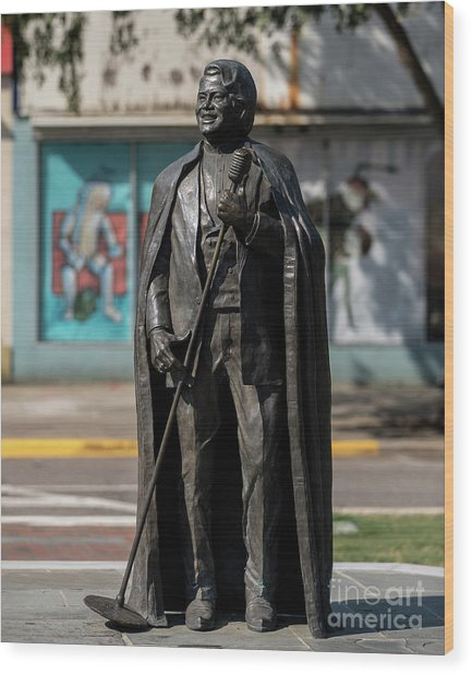 James Brown Statue - Augusta Ga 2 Wood Print