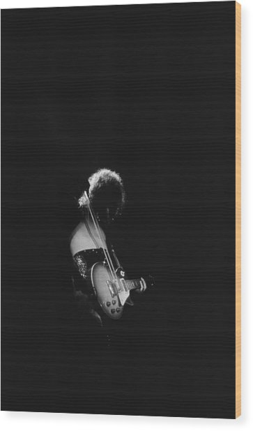 Jimmy Page At The Forum Wood Print by Michael Ochs Archives