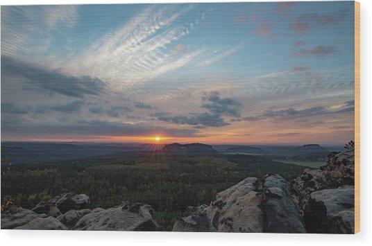 Just Before Sundown Wood Print