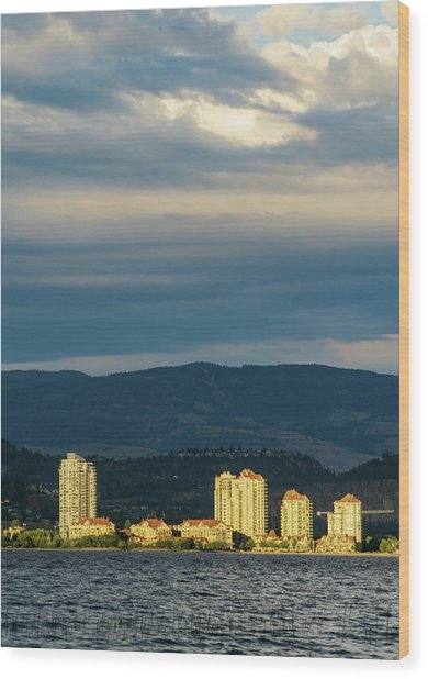 Kelowna At Sunset Wood Print