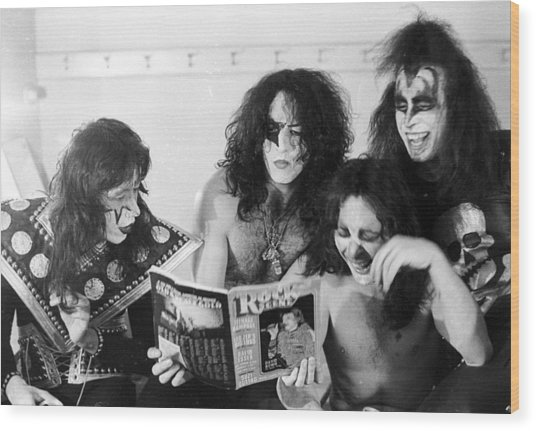 Kiss Backstage Wood Print by Michael Ochs Archives