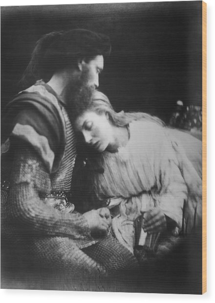 Lancelot And Guinevere Wood Print by Julia Margaret Cameron