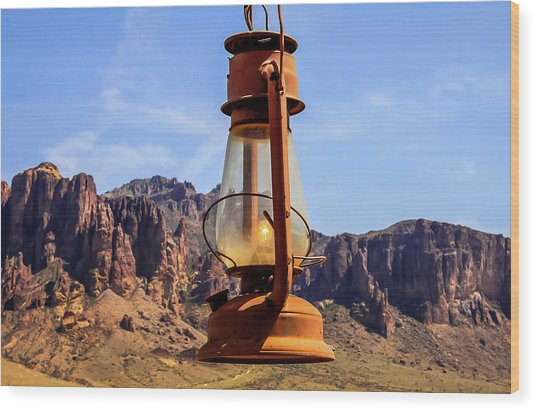 Lantern Over Superstitions Wood Print