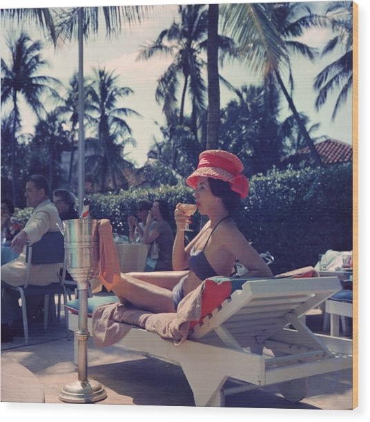 Leisure And Fashion Wood Print by Slim Aarons