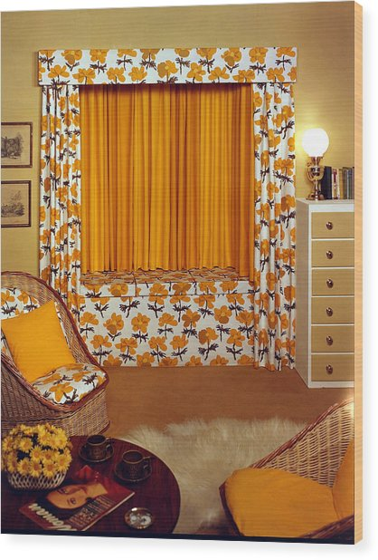 Lifestyle. Homedesign. Pic 1959 Wood Print by Popperfoto