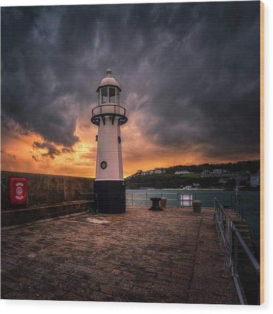 Lighthouse Dramatic Sky Wood Print