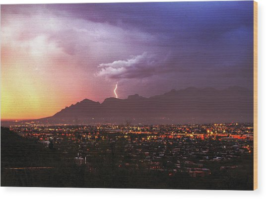 Lightning Bolt Over The Santa Catalina Mountains And Tucson, Arizona Wood Print