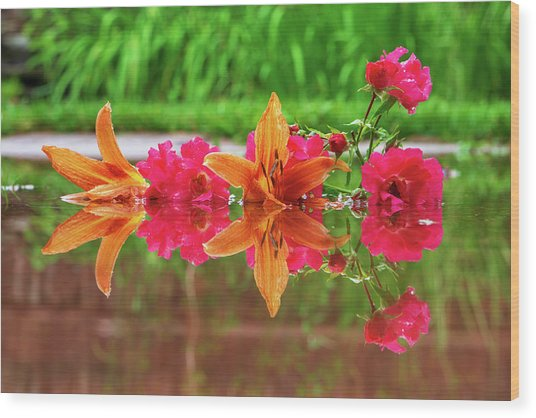 Lilies And Roses Reflection Wood Print