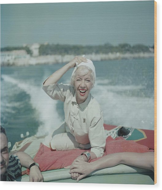 Lily On The Riviera Wood Print by Slim Aarons