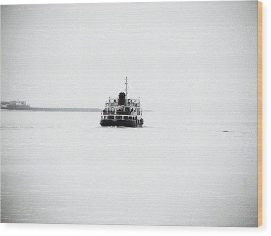 Liverpool. The Mersey Ferry 'royal Iris' Wood Print