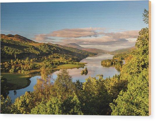 Loch Tummel Sunrise, Queen's View Wood Print by David Ross