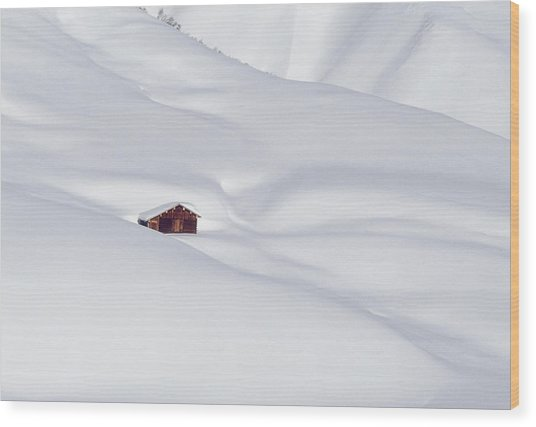 Log Cabin In Snowy Alps Wood Print