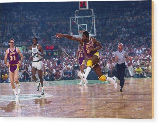 Los Angeles Lakers V Boston Celtics Wood Print by Dick Raphael