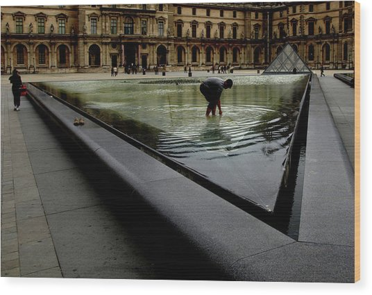 Wood Print featuring the photograph Louvre, Water by Edward Lee