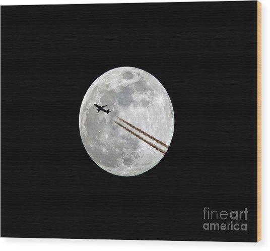 Lunar Photobomb Wood Print