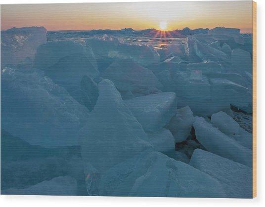Mackinaw City Ice Formations 21618014 Wood Print