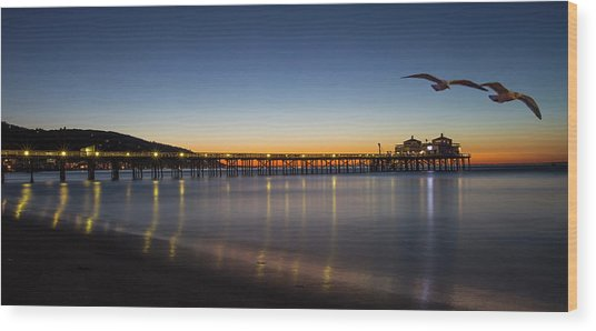 Malibu Pier At Sunrise Wood Print