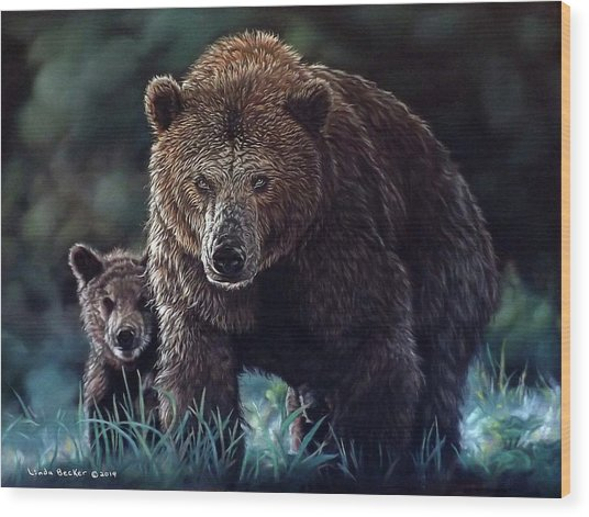 Mama Brown With Cubs Wood Print