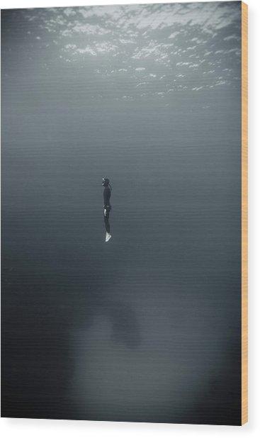Man In Underwater Wood Print by Underwater Graphics