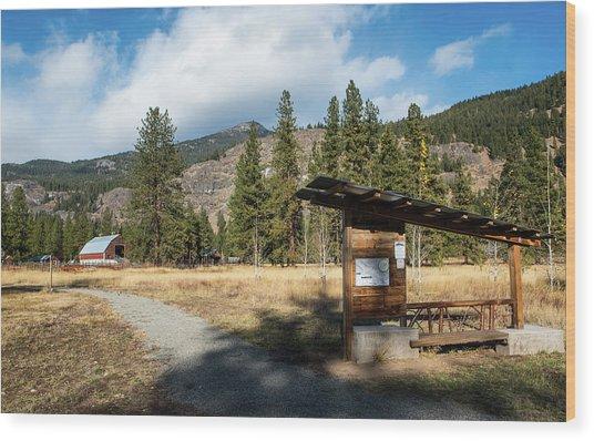 Mazama Barn Trail And Bench Wood Print