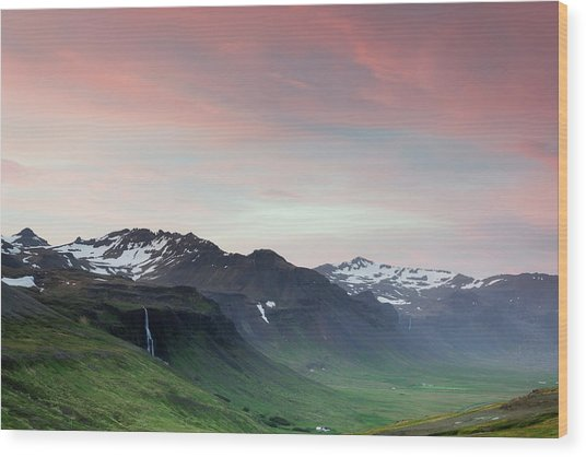 Midnight Sun In Iceland Wood Print