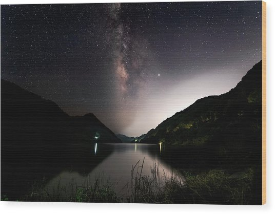 Milky Way Over The Ou River Near Longquan In China Wood Print