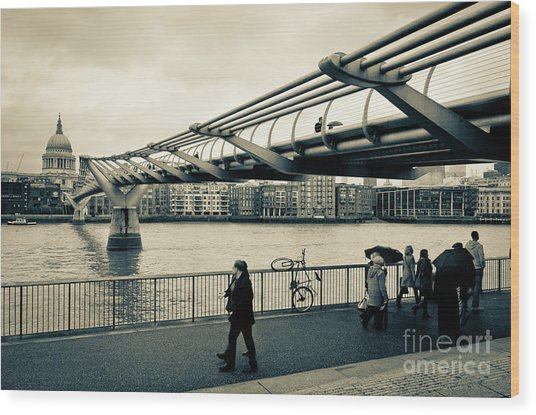 Millennium Bridge 03 Wood Print