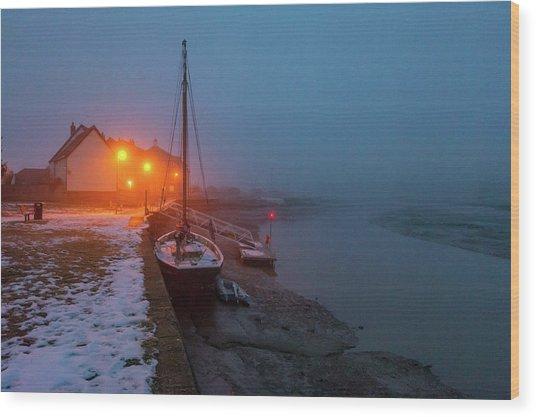 Wood Print featuring the photograph Misty Rowhedge Winter Dusk by Gary Eason